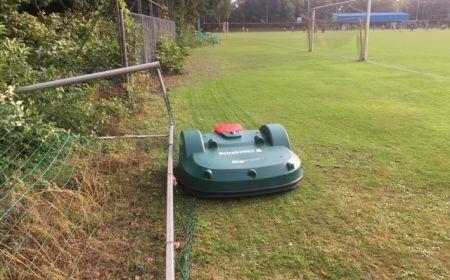 Let op de grasmaaier